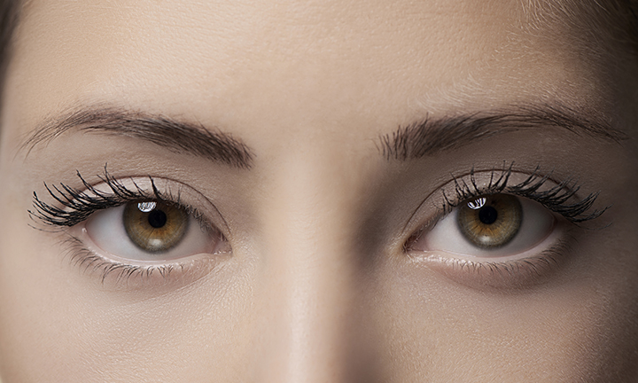 how to clear floaters from your eyes